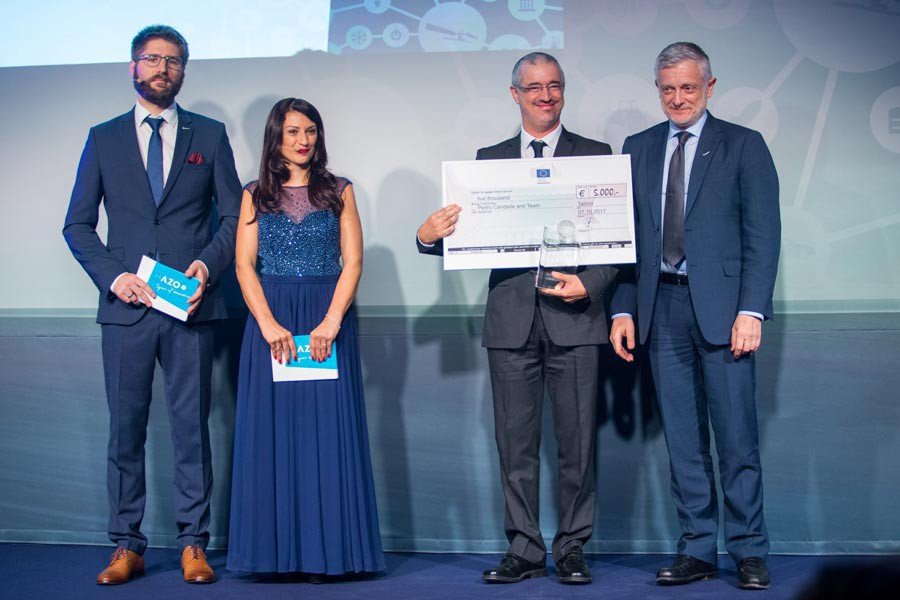 Winner EC Prize Goverment & Philippe Brunet